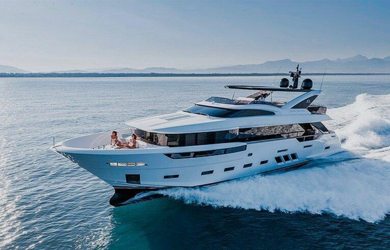 yacht bateau d'occasion