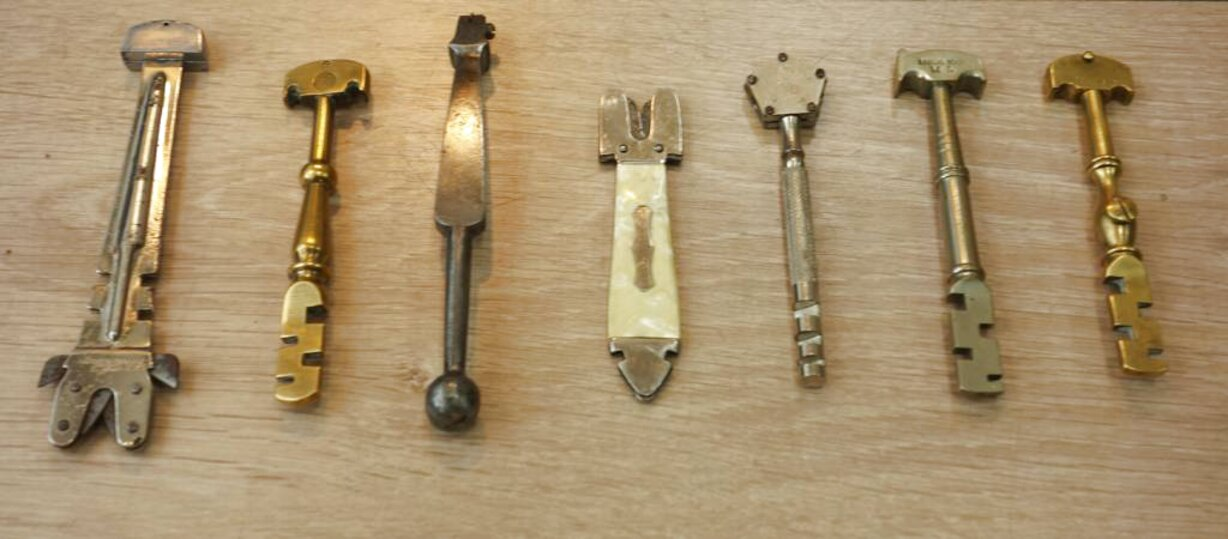 outils anciens d'occasion
